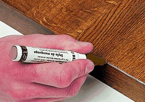 pennarello-ritocco-mobili-elimina-graffi-1