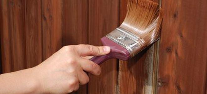 Come usare la vernice per legno